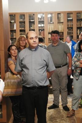 Látogatás az egyházi gyűjtőlevéltárban CsobotfalvánAMSUNG CSC